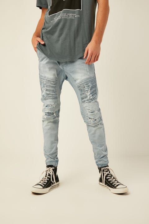 KISS CHACEY Alpha Jogger Jean Broken Bleach