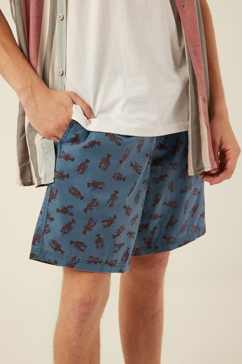 "BARNEY COOLS Amphibious 19"" Short Blue Lobster"