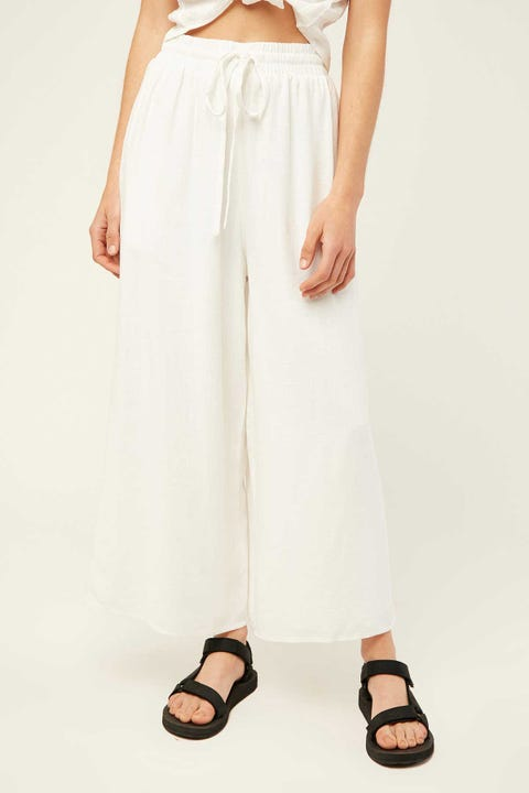 PERFECT STRANGER Island Days Pant White