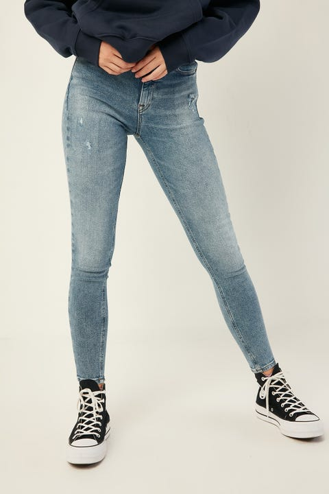 TOMMY JEANS Mid Rise Skinny Iowa LT BL ST DS