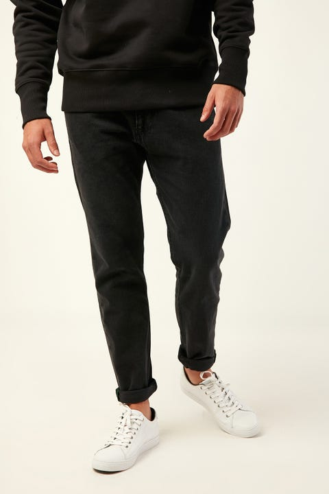 TOMMY JEANS TJM Modern Tapered 1988 Jean Black