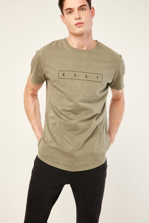 KISS CHACEY Villian Dual Scoop Curved Tee Pigment Khaki