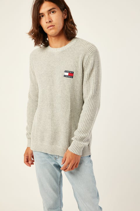TOMMY JEANS TJM Tommy Badge Sweater Grey Heather Light Grey Heather