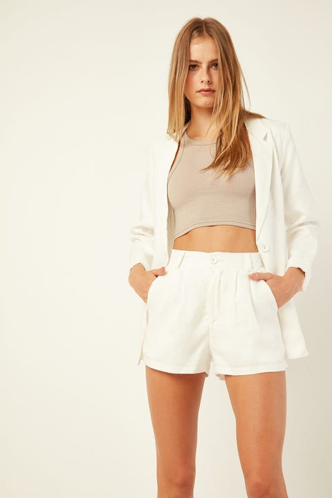 Perfect Stranger Amour Short White