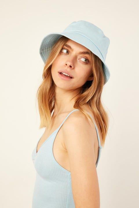 Token No Ordinary Bucket Hat Blue