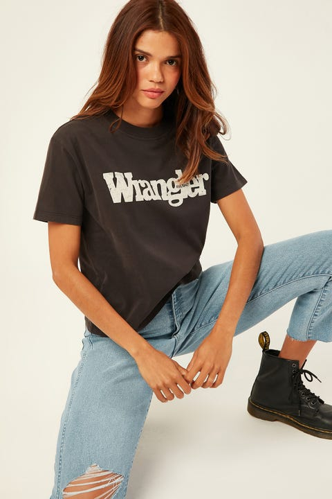 Wrangler Outlines Tee Worn Black