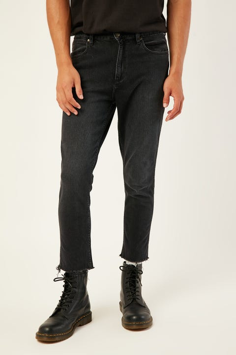 WRANGLER Sid Chopped Jean Redemption Black