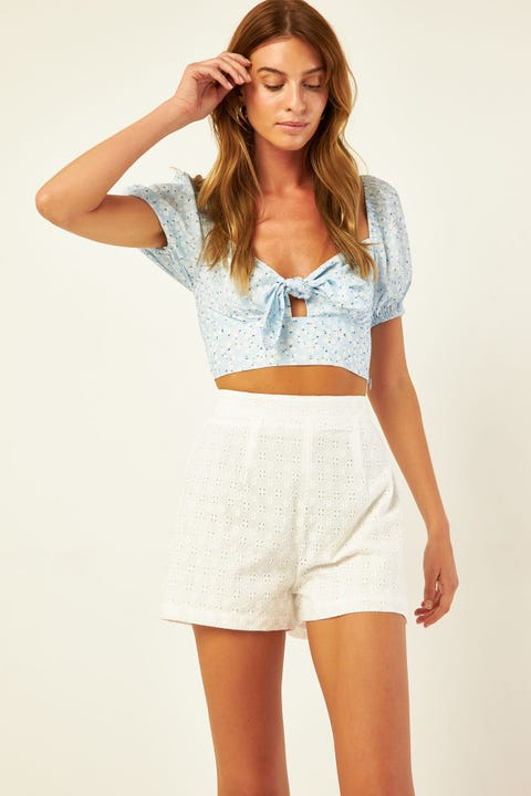 PERFECT STRANGER Flores Broidery Short White