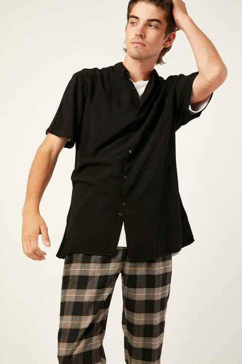 COMMON NEED Rotation Party Shirt Black