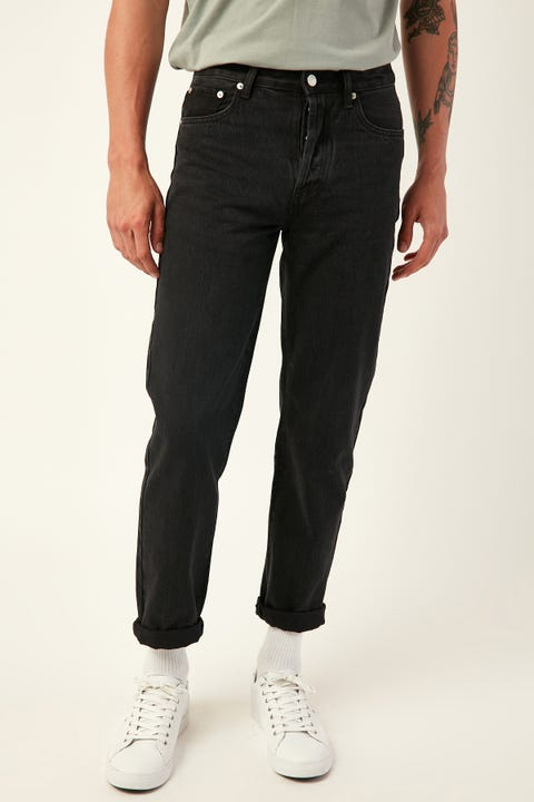 ASSEMBLY Standard Jean Washed Black