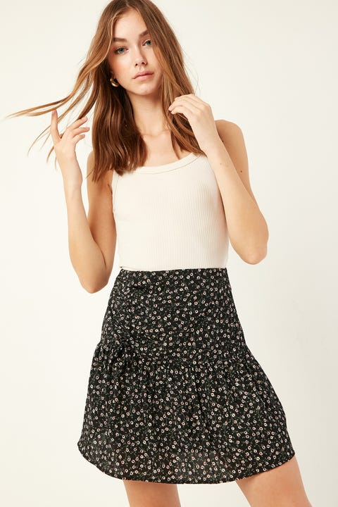 LUCK & TROUBLE Leave Me Skirt Black Print