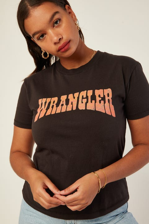 Wrangler Dolly Dagger Tee Worn Black