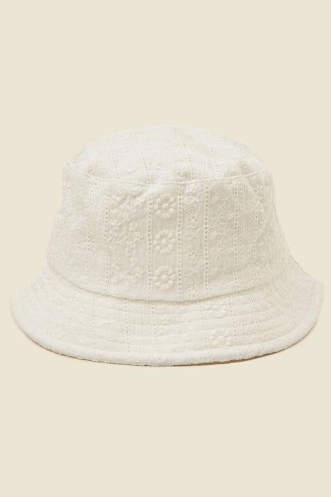 TOKEN Broiderie Bucket Hat White