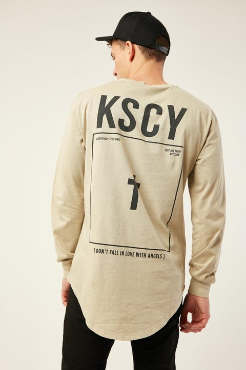 Kiss Chacey Angel Dust Cape Back LS Tee Pigment Sand