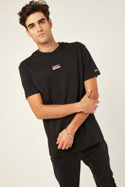 TOMMY JEANS TJM Small Centered Logo Tee Black