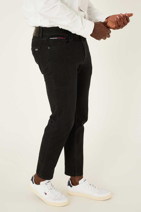 Tommy Jeans Ryan Relaxed Straight Jean New Black Comfort