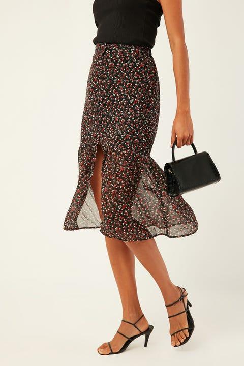 LUCK & TROUBLE Dark Paradise Skirt Black Print