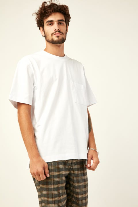 COMMON NEED Heavyweight Pocket Tee White