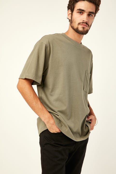 COMMON NEED Heavyweight Pocket Tee Khaki