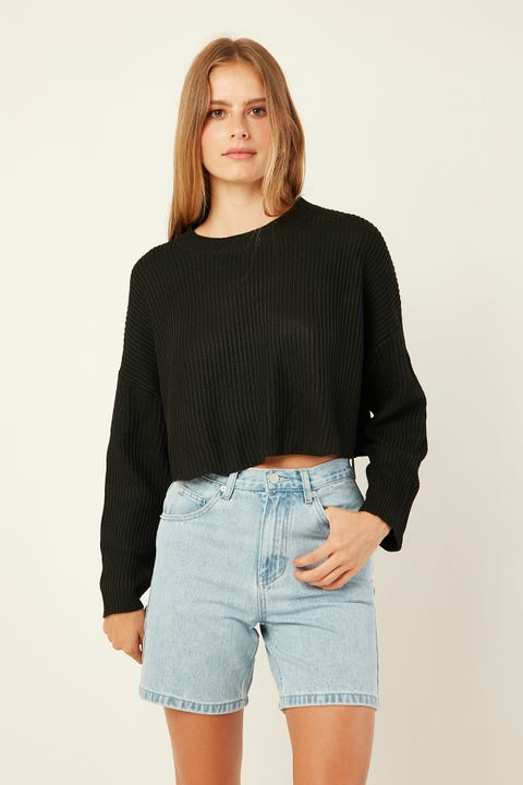 PERFECT STRANGER Cuddle Up Knit Black