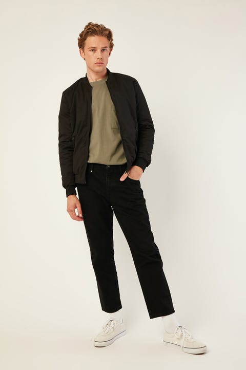 Common Need Maple Slim Bomber Black