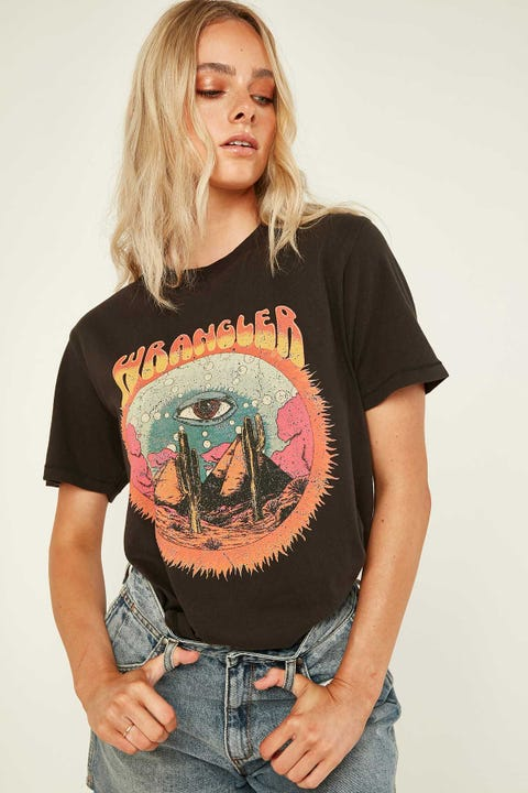 Wrangler Cactus Eye OS Tee Worn Black