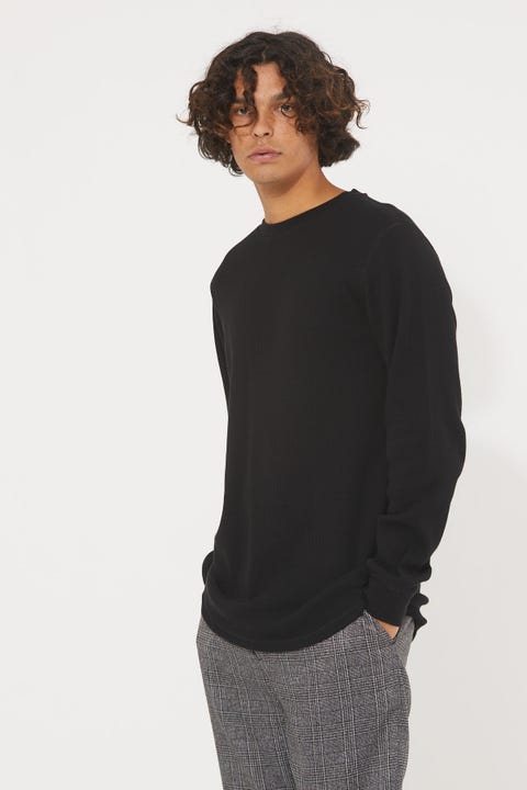 Common Need Comfort Longsleeve Tee Black