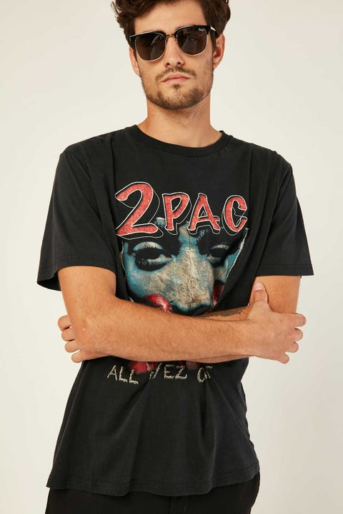 Bravado 2 Pac Vintage Tee Washed Black