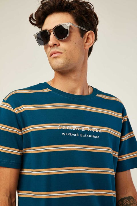 COMMON NEED Zone Stripe Tee Blue/Sand Stripe