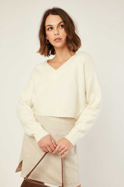 LUCK & TROUBLE Vera Cropped Sweater Cream