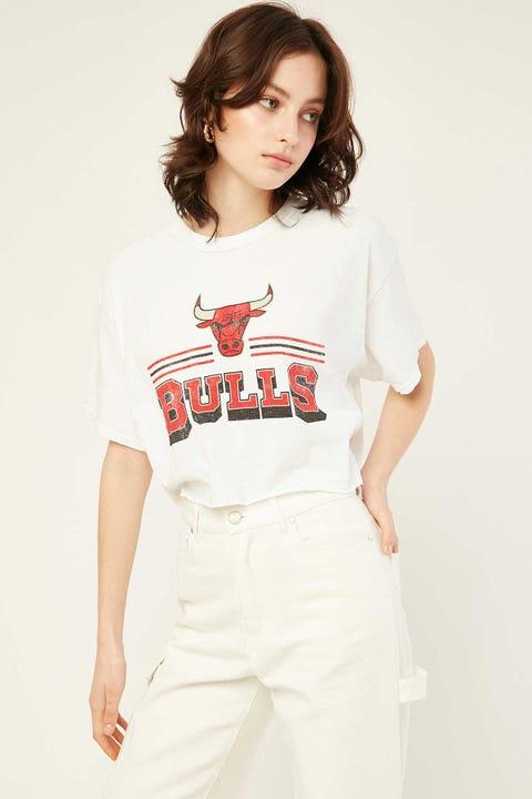 Mitchell & Ness Bulls Fan Banner Crop Tee Vintage White