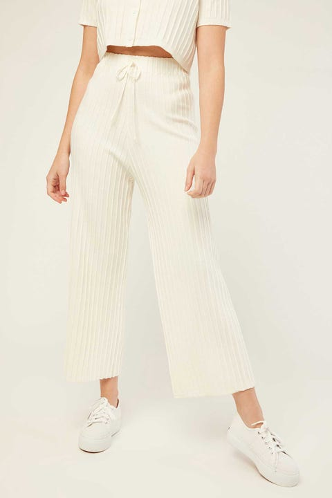 PERFECT STRANGER Edges Knitted Pant Cream