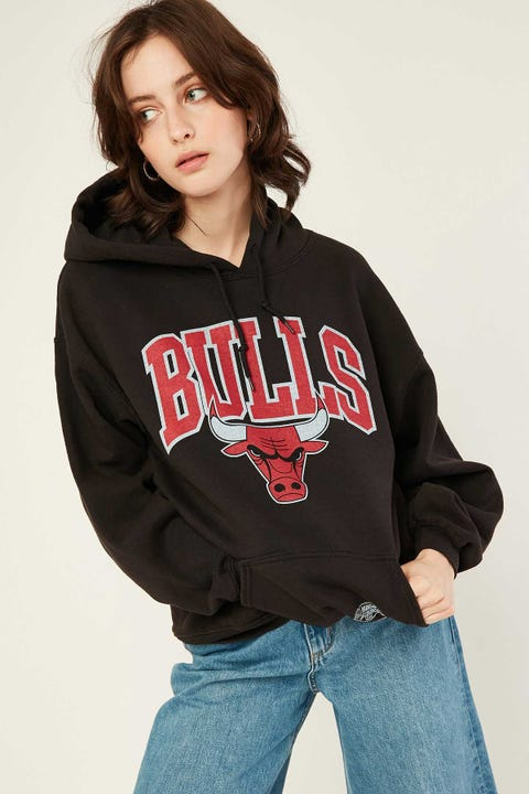 Mitchell & Ness Bulls Hoodie Washed Black