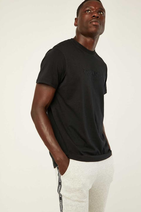 COMMON NEED Jet Tonal Tee Black