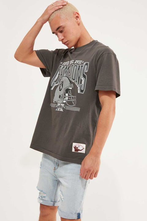Mitchell & Ness Raiders Vintage Washed Out Champs Tee Snow Washed Black