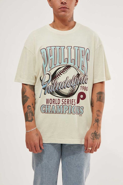 Majestic Athletic Philadelphia Phillies Vintage WS Champions Tee Ecru