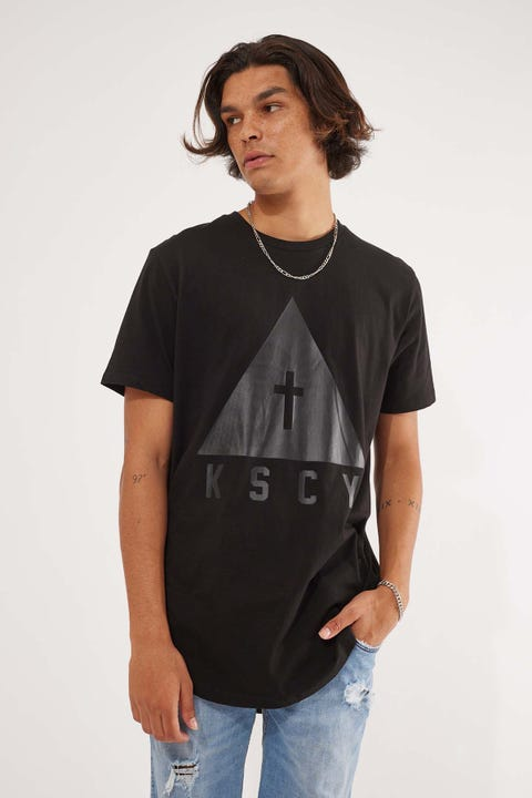 Kiss Chacey Keep Strong Dual Curved Tee Jet Black