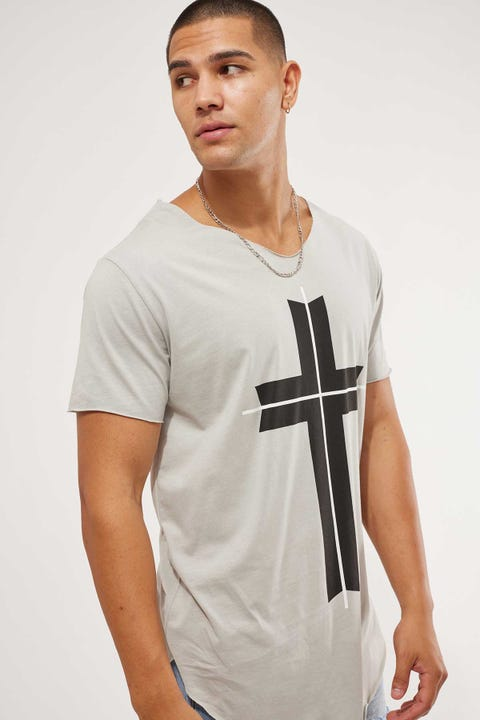 Kiss Chacey Freemont Raw V Neck Tee Pigment Grey