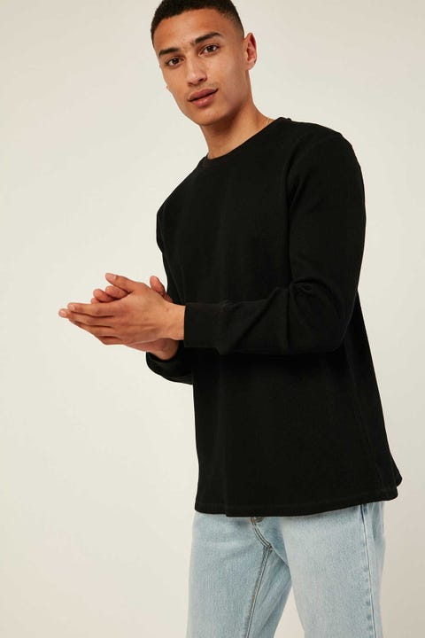 Common Need Slim Comfort Longsleeve Tee Black