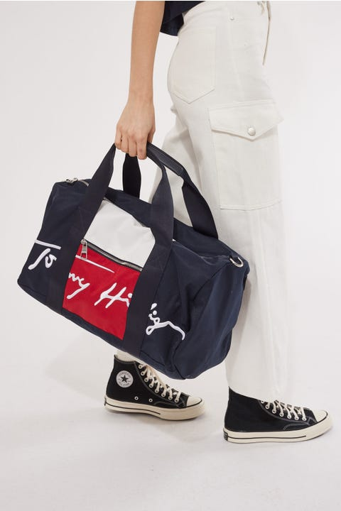 Tommy Jeans Signature Duffle Desert Sky