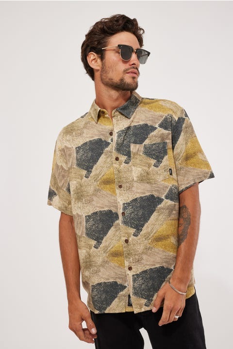 Thrills Brushed Paradise Short Sleeve Shirt Tan