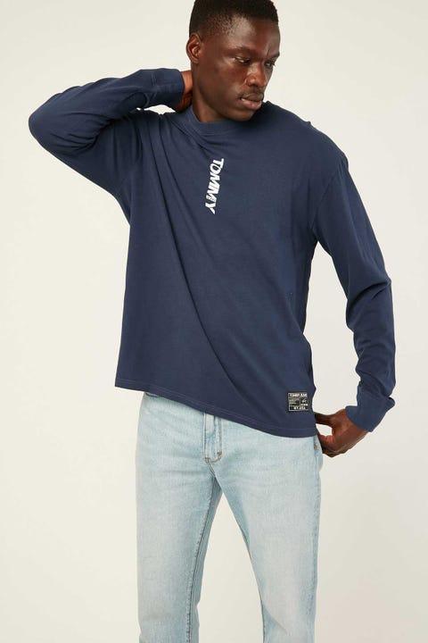 TOMMY JEANS TJM Vertical Logo Long Sleeve Tee Twilight Navy