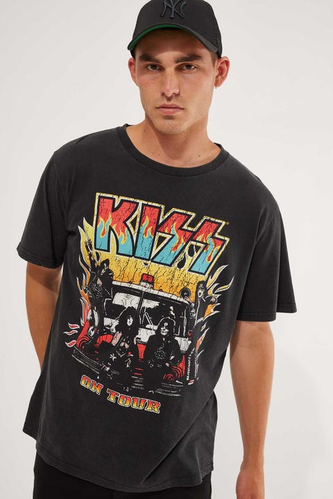 Bravado Kiss Band Tee Washed Black