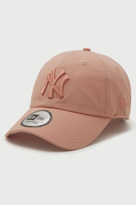 New Era Casual Classic NY Yankees Washed Blush Sky