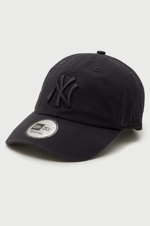 New Era Casual Classic NY Yankees Washed Dark Graphite