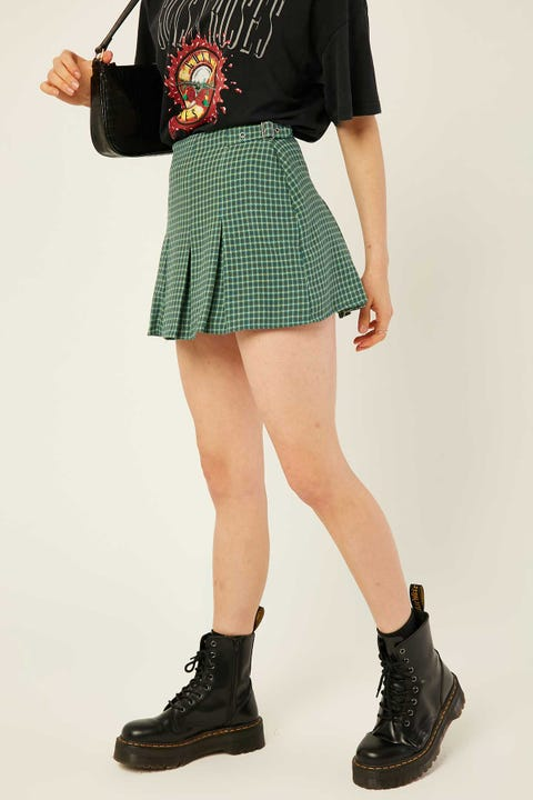 LUCK & TROUBLE Double Pleated Skort Green Check