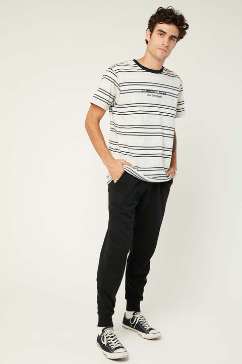 COMMON NEED Laid Back Trackpant Black