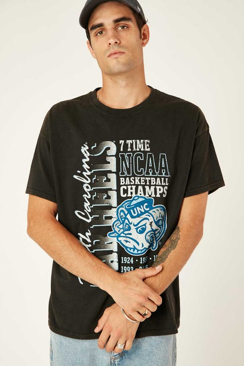 Ncaa UNC 7x Champ Graphic Tee Washed Black
