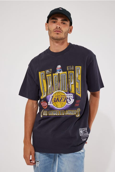 Mitchell & Ness Vint Winner Takes All Lakers Tee Faded Black