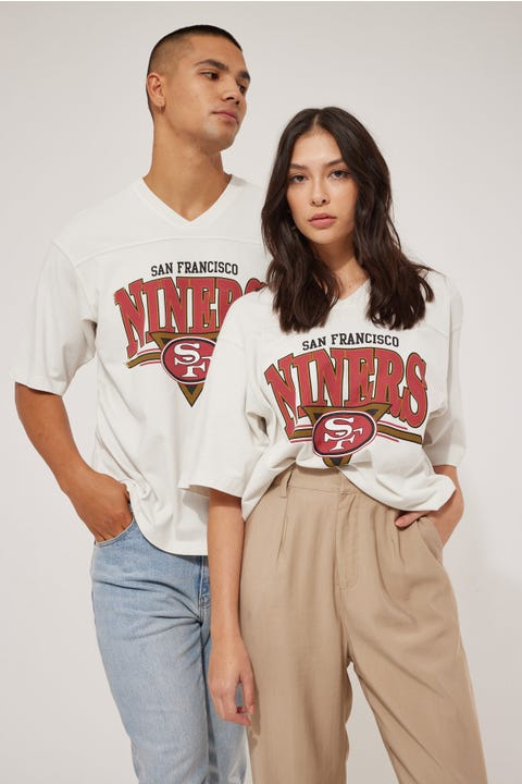 Mitchell & Ness Off Field TB OS 49ers Tee Vintage White